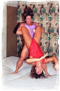 PP004-3 Jeanne O'Neil vs Doughdee Marie