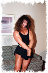 PP005-2 Laura Creavalle vs Mimi Hitzman (FiFi)